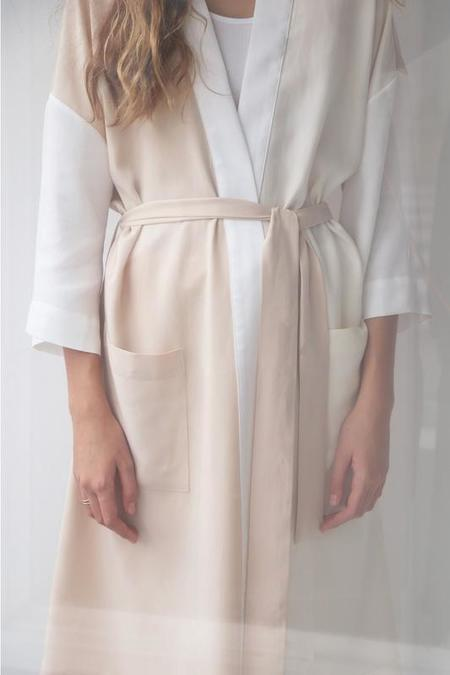 SOFT FOCUS Robe