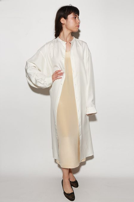ARCH THE Silk Long Sleeve Dress - Cream