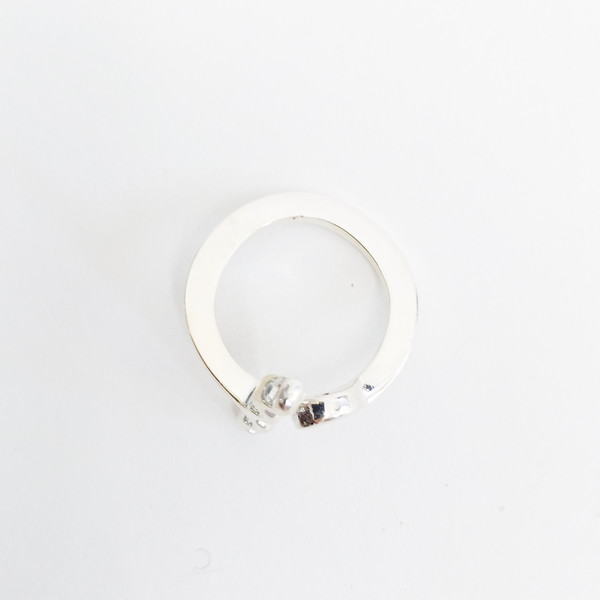 Twenty Two Hours Dot + Wave Ring - Silver