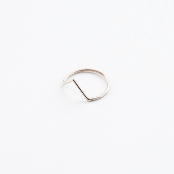 Another Feather Dart Ring