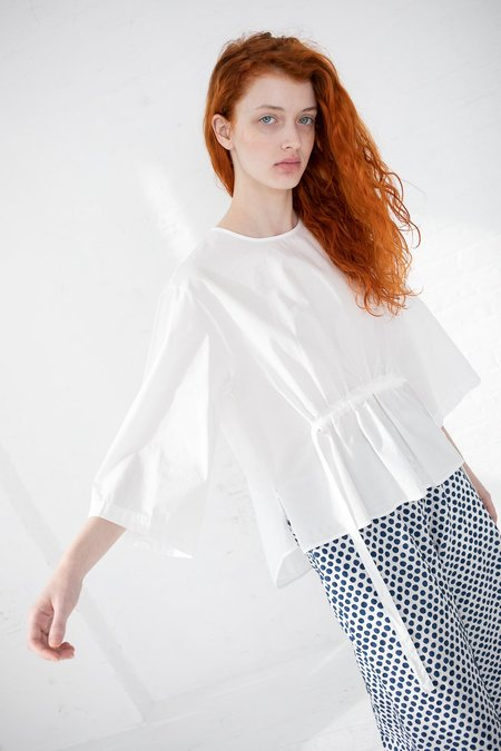 AVN 01 Top - White