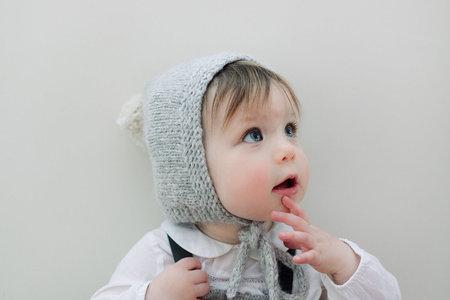 KIDS Petit Kolibri NEW BORNS BABY ALPACA VINTAGE POMPOM HAT - GREY/BEIGE