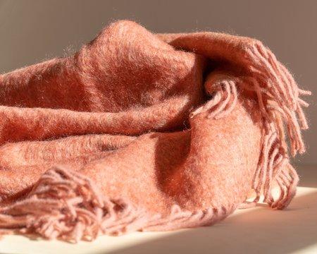 Mantas Ezcaray Mohair Blanket - Pink