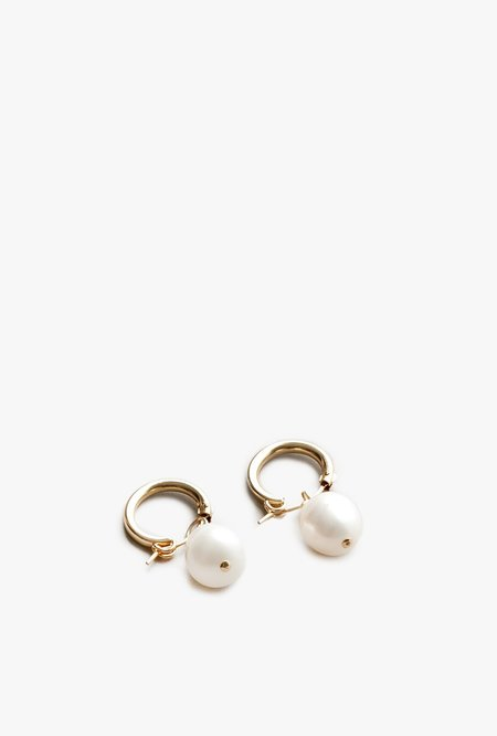 Wolf Circus Small Pearl Hoop Earrings - 14k Gold/Pearl