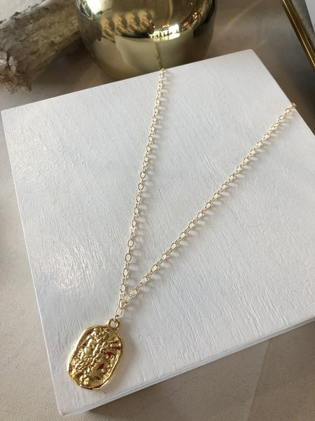 Charme Silkiner Coin Necklace - Gold