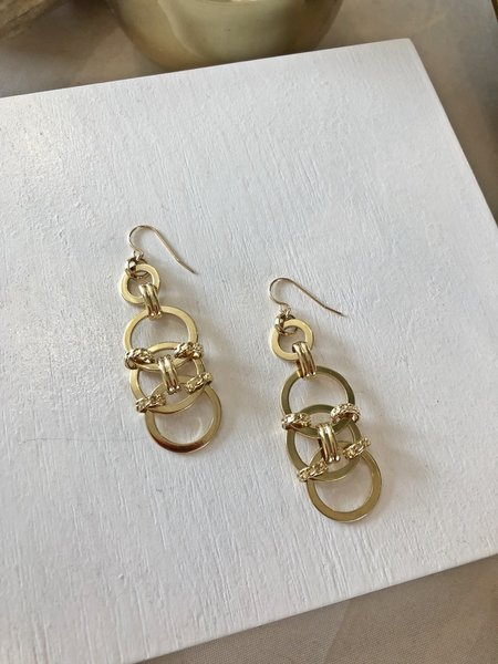 Charme Silkiner Square Knot Earrings - GOLD