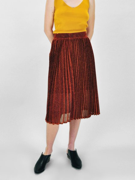 &Another Lana Pleated Skirt - Amber Lame