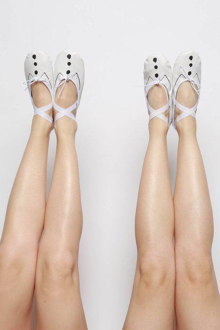 Repetto Demi Pointe x Sia Ballet Dance Shoe - White/Black