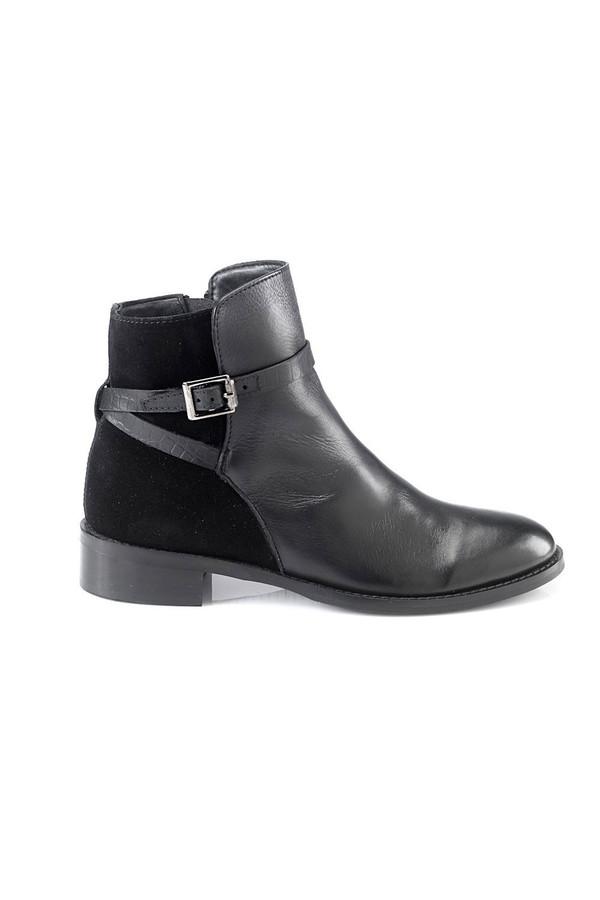 Artemisia Lalita Black Leather Ankle Boots