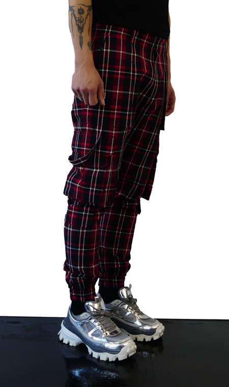 JUUN.J CARGO JOGGER - RED/BLUE CHECKED