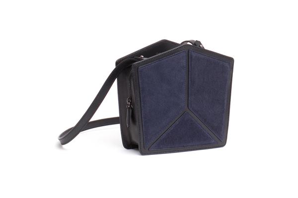 Imago-A Nº20 PENTATONIC BAG, NAVY + BLACK