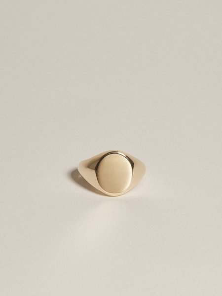J. Hannah Oval Pinky Signet - 14K Yellow Gold