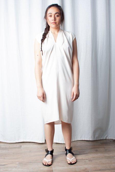 Miranda Bennett Rayon Everyday Dress (PETITE EXCLUSIVE) - Palo Santo
