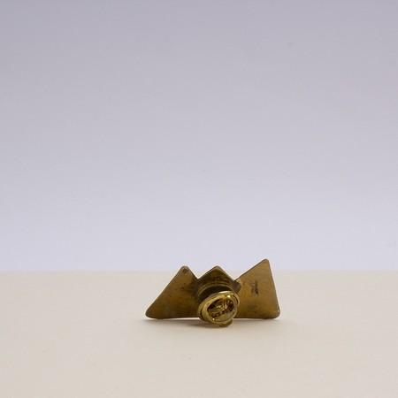 kontora sisters mountain pin - brass