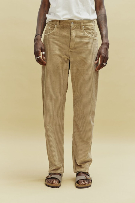 A KIND OF GUISE ODON WIDE JEANS - CAMEL