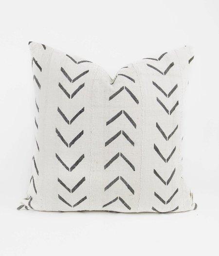 Bryar Wolf Jaya Mud Cloth Pillow - White