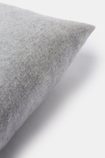 Oyuna Suo Cashmere Cushion Cover - Soft Grey