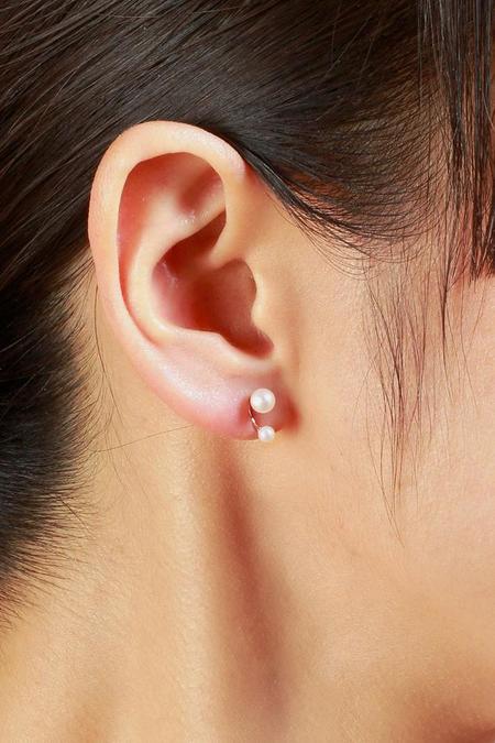 Satomi Kawakita Twin Pearl Stud Earrings - Yellow Gold