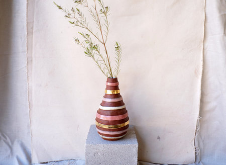 The Object Enthusiast Striped Bottle - Pink/Gold