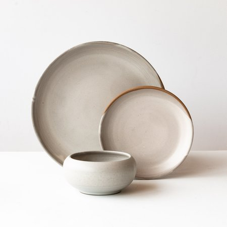 Catherine Auriol – Gaïa Céramique Handmade 3-Piece Dinnerware Set in Glazed Stoneware