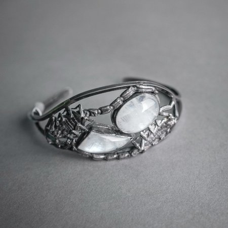 Theeth Scorpion and Moonstone Cuff Bracelet - Silver