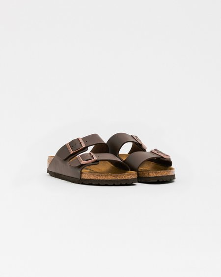 Unisex Birkenstock Arizona Sandals - Dark Brown
