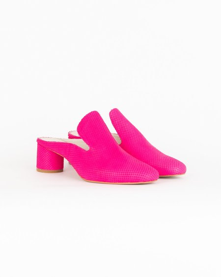 """INTENTIONALLY __________."" Gate Heels - Pink"