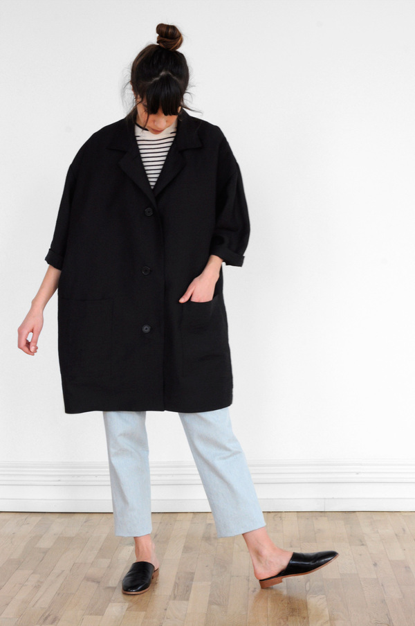 Waltz Oversized Jacket in Black