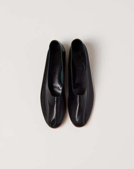 Martiniano Glove Flat Shoe - Black