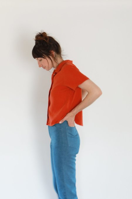 Me & Arrow BUTTON DOWN SHIRTS - CAYENNE RED
