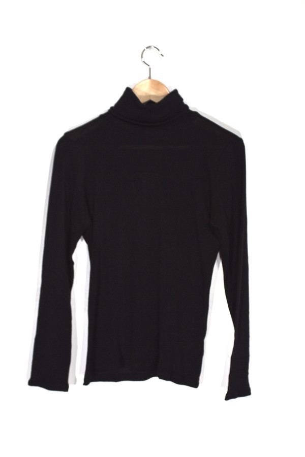 Objects Without Meaning Turtle Neck in Black