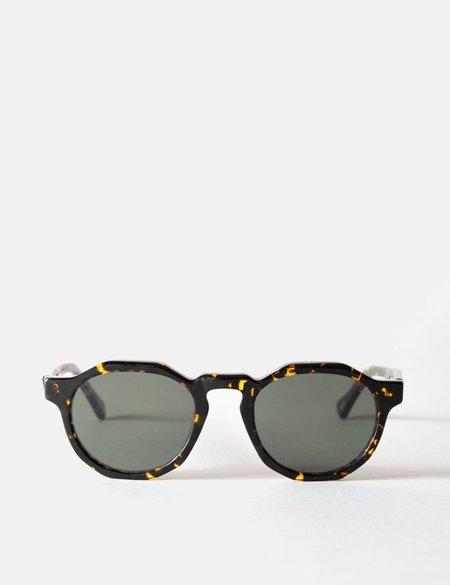 Oscar Deen Pinto Sunglasses - brown