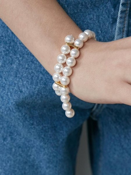 Monday Edition Cross Ended Pearl Bracelet