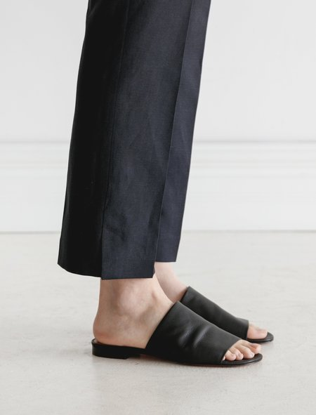 Robert Clergerie Itou Soft Sandal - Black
