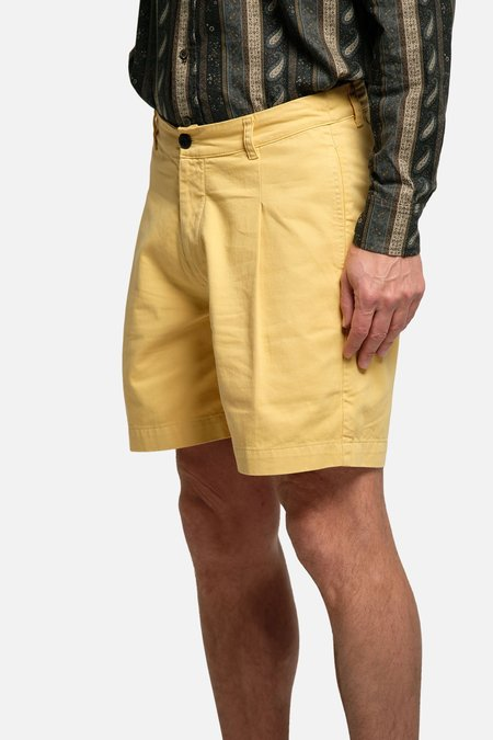 House of St. Clair SINGLE PLEAT SHORT - YELLOW