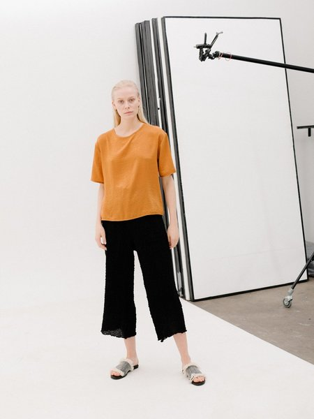 Priory Shi Tee - Slinky Burnt Orange