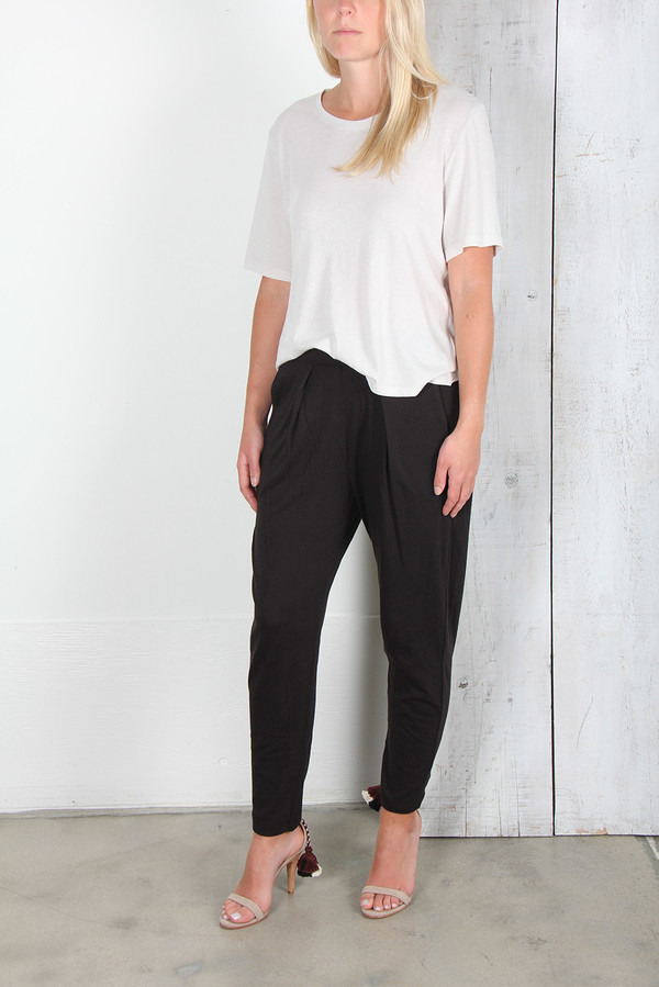 RAQUEL ALLEGRA EASY PANT IN BLACK
