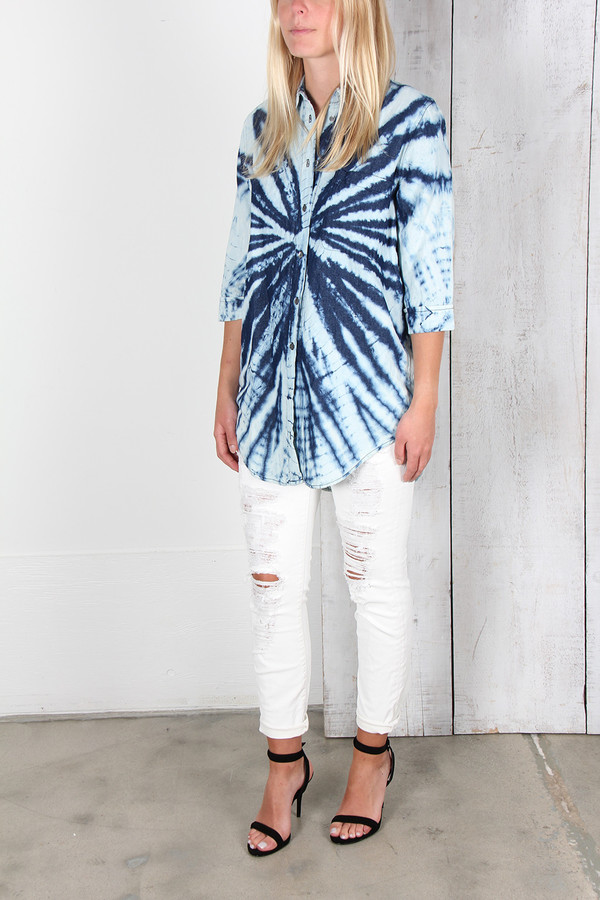RAQUEL ALLEGRA INDIGO DENIM BUTTON-UP SHIRT