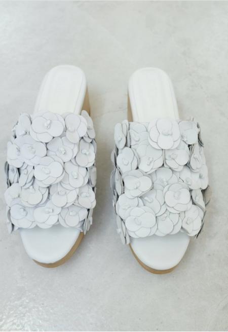 Beklina Floral Te Touan Clog - white