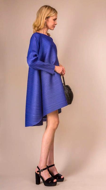 Issey Miyake Pleats Please Stratum Bounce Long Sleeve Tunic Dress - Royal Blue