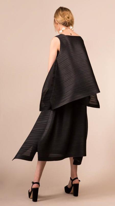 Issey Miyake Sail Bounce Skirt - Black