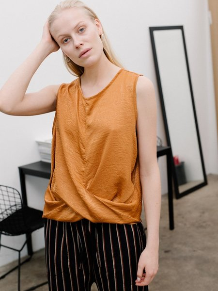 Priory Knot Tank - Slinky Burnt Orange