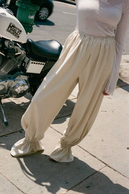 Baserange Suzanne Pants - Off White
