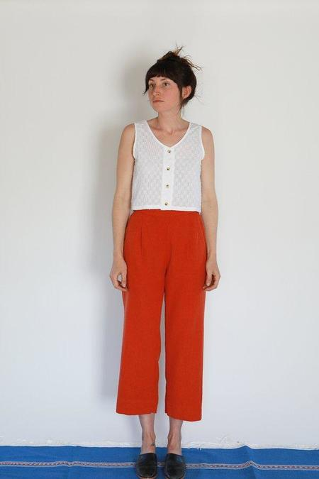 Me + Arrow Pleated Pants - Cayenne Red