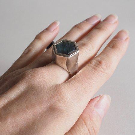 Foxtail / Solos Hexagon Silver Hollow Form Ring - Labradorite
