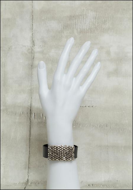 Martell Smooth Cube Cuff Bracelet - metallic
