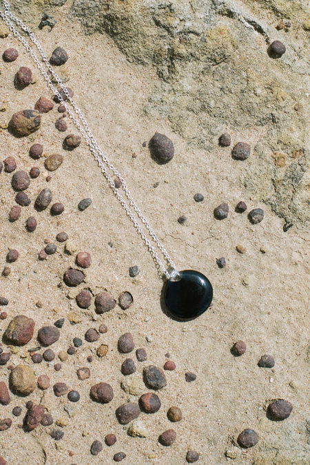 Forme & Sens Round Glass Onyx Pendant
