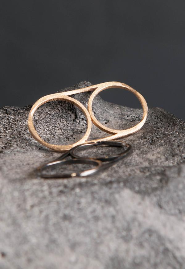 Love Rocks Double Finger Ring Gold