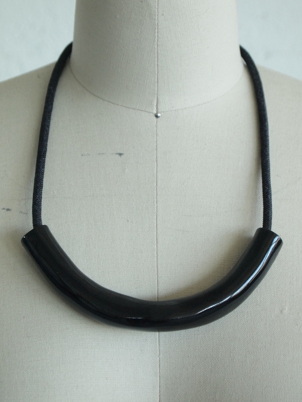 black tube