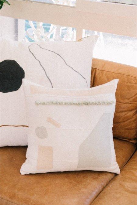 küdd:krig Tochi No. 4 Pillow